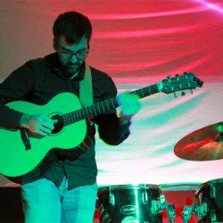 Nico_Guitariste_Candor_Kulturzentrum_Schmelze